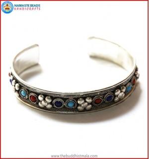 """""""Stone"""" & """"Flower"""" White Metal Bracelet"""